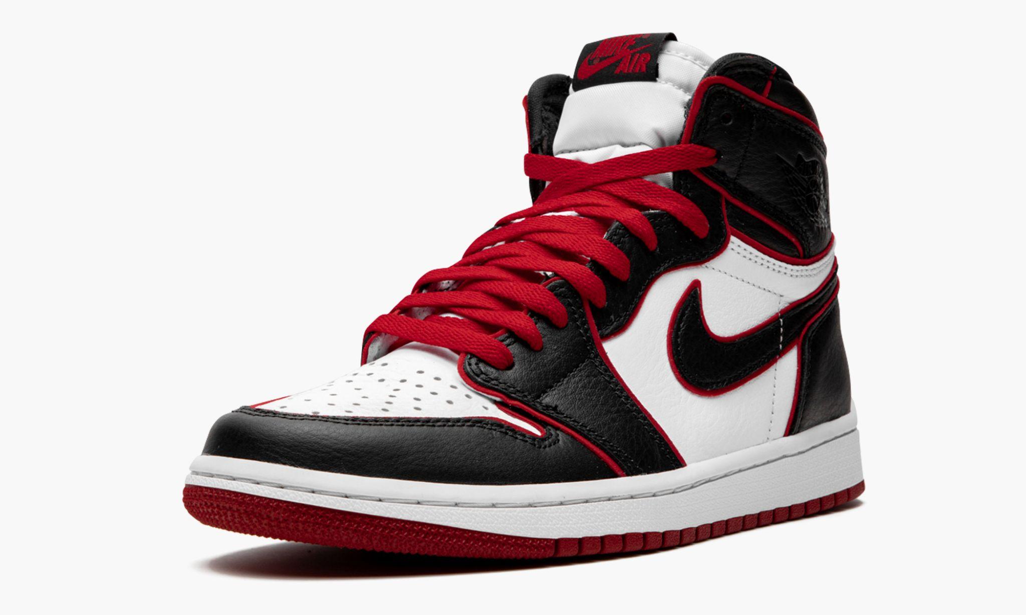 Air Jordan 1 High OG Bloodline 555088 062